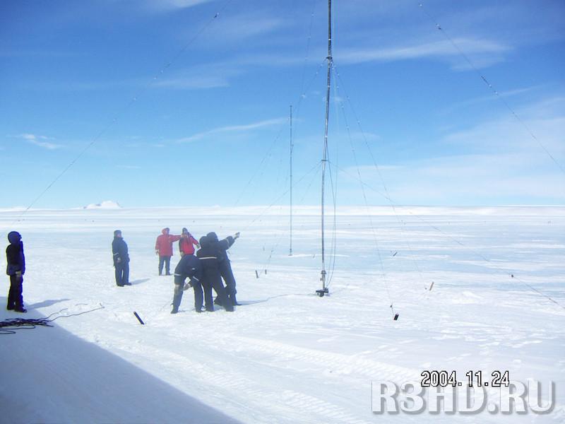 Установка антенн на льду аэродрома
